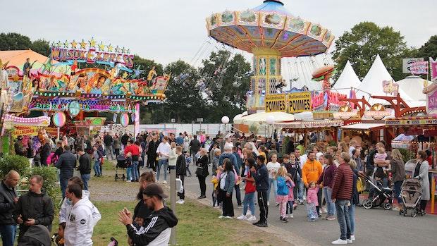 10.000 Besucher strömen in den Freizeitpark