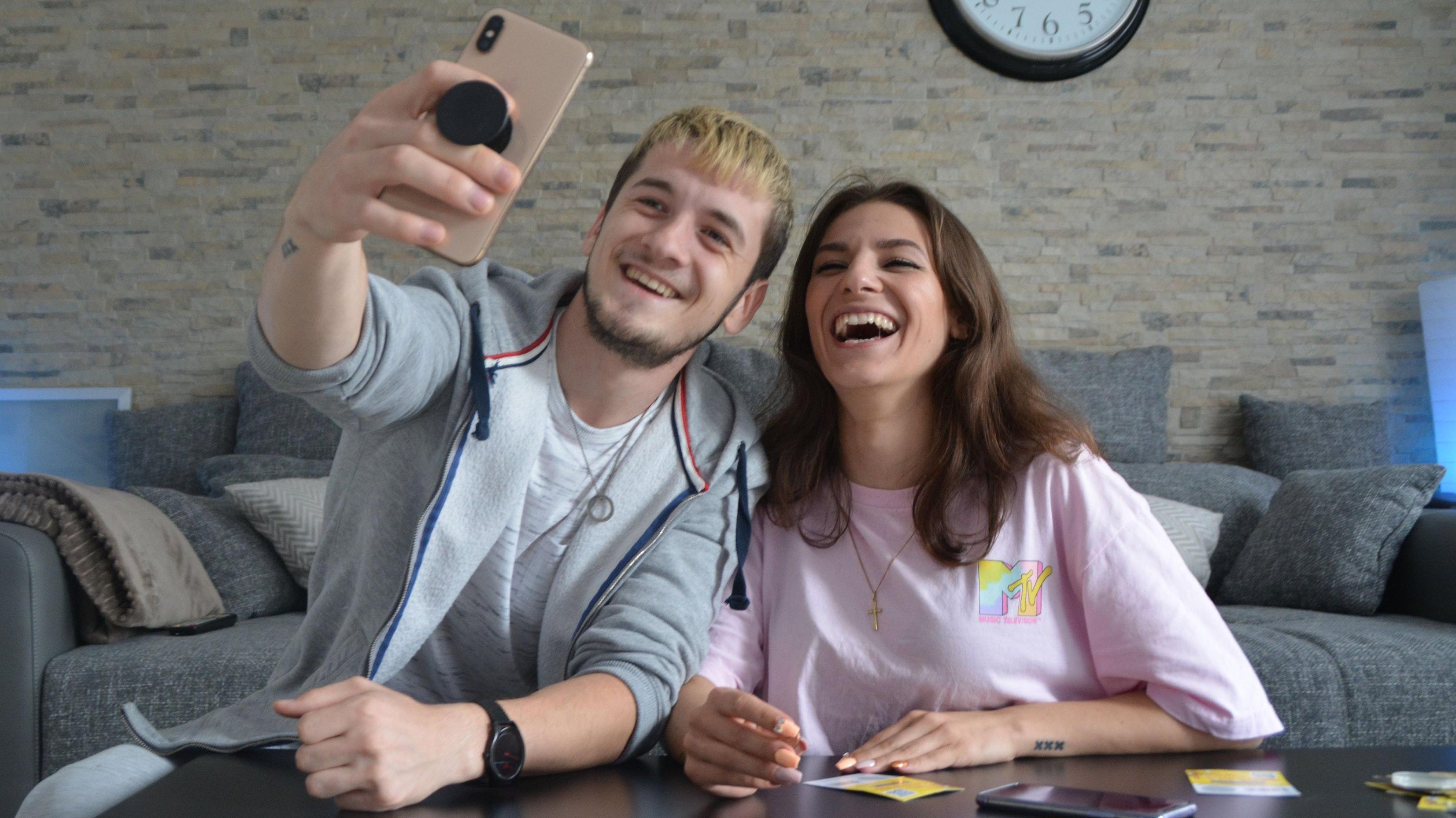 Erfolgreich mit lustigen Videos: Christian und Christina haben rund 230.000 Follower auf TikTok. Foto: Stephanie Alvarez