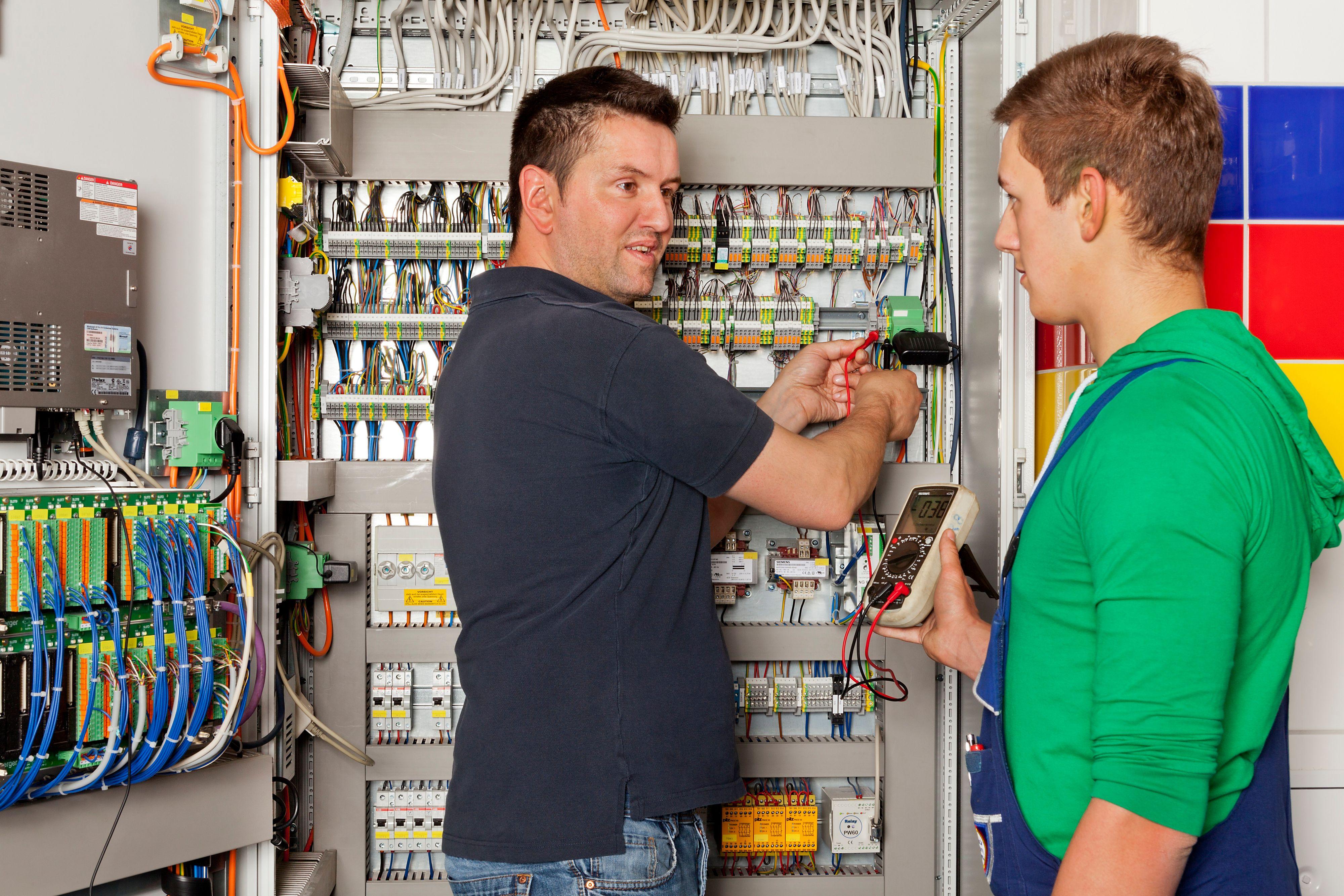 Fit für die Zukunft: Handwerksbetriebe bilden Fachkräfte aus. © Aktion modernes Handwerk
