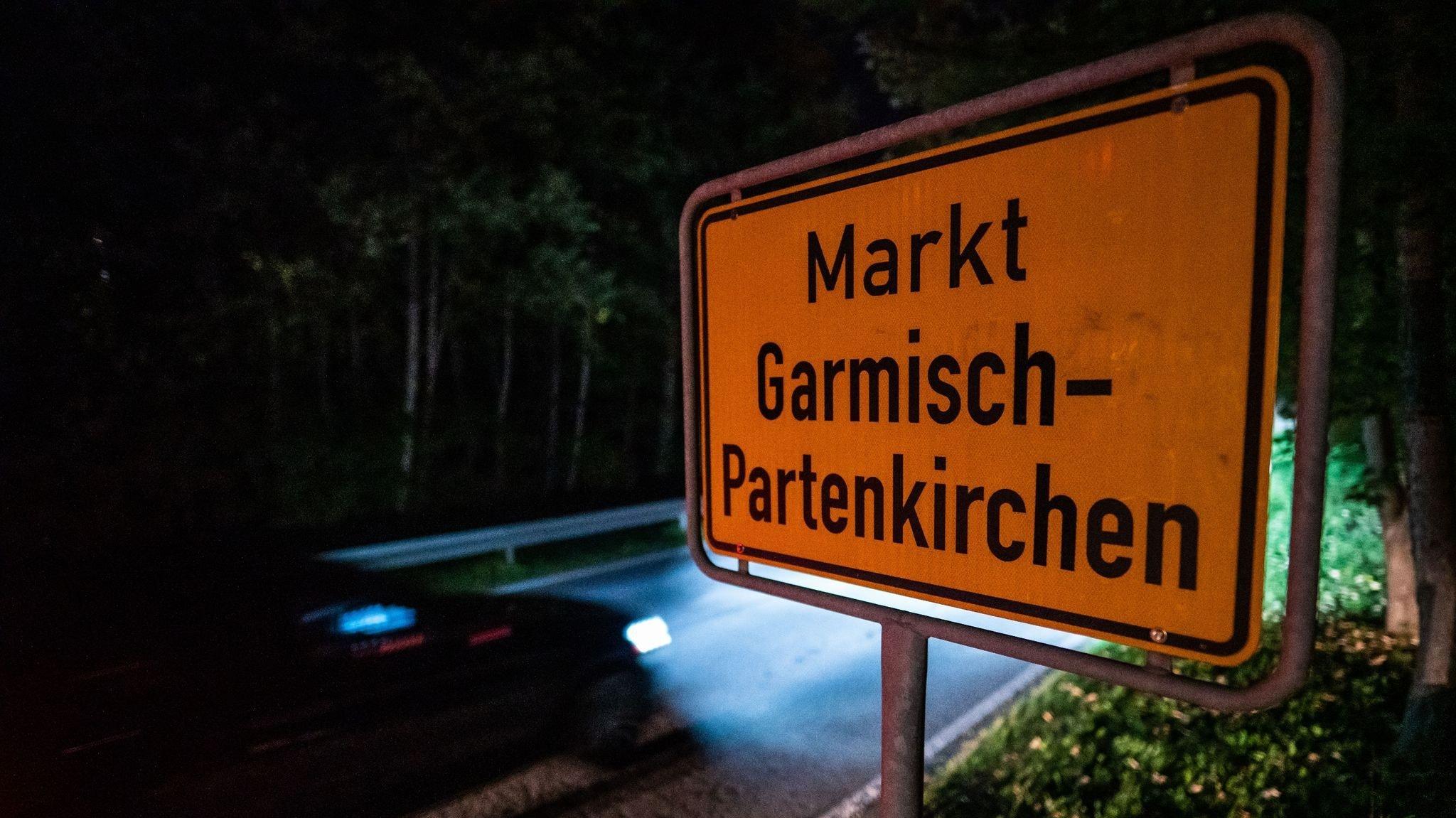 Eine 26-jährige US-Amerikanerin, die in Garmisch-Partenkirchen lebt, soll trotz Krankheitszeichen und Quarantäneauflage durch Kneipen gezogen sein. Foto: Lino Mirgeler / dpa