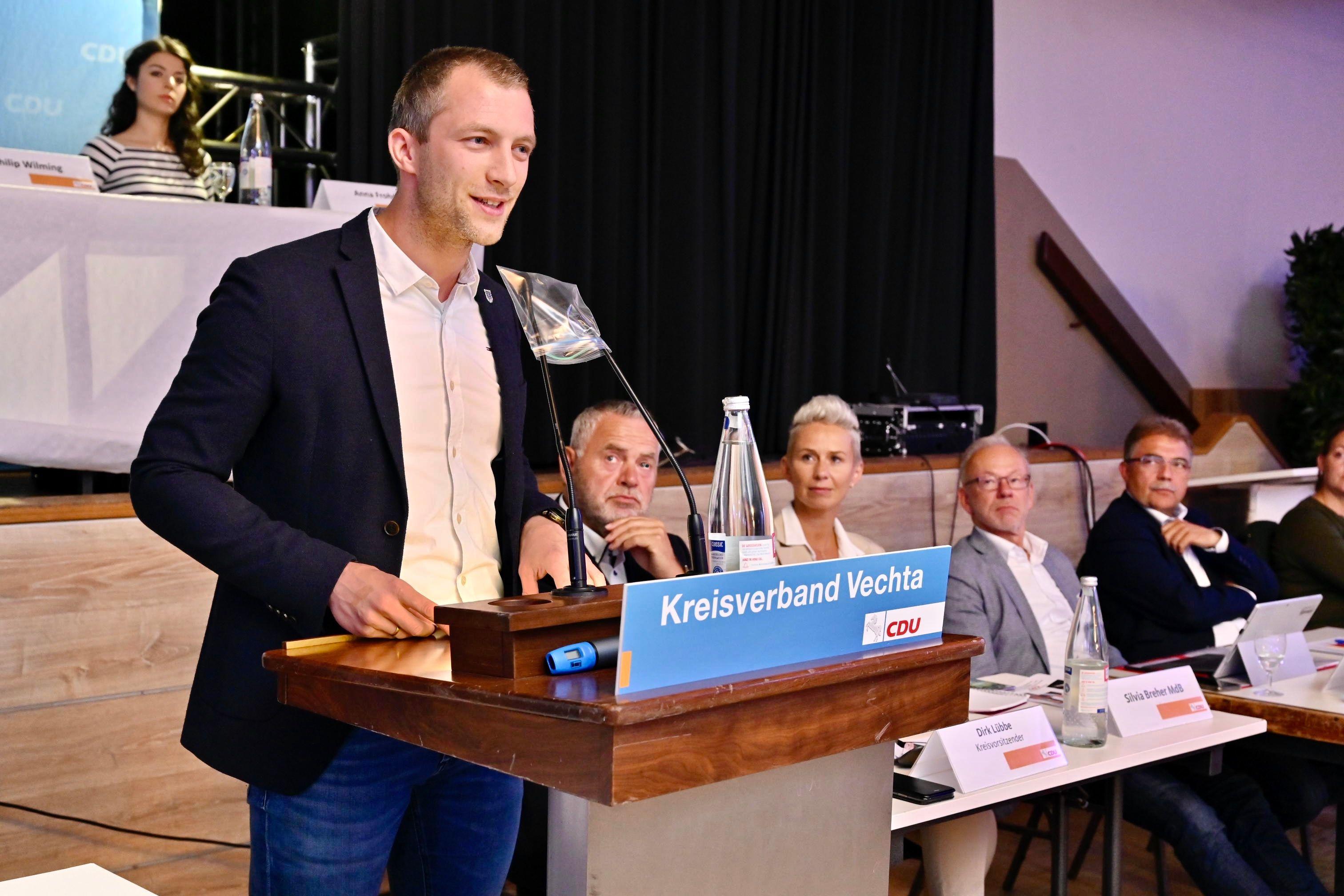 André Hüttemeyer aus Erlte (Gemeinde Visbek) ist mit 91,5 Prozent der Stimmen zum neuen CDU-Chef gewählt worden. Foto: M. Niehues