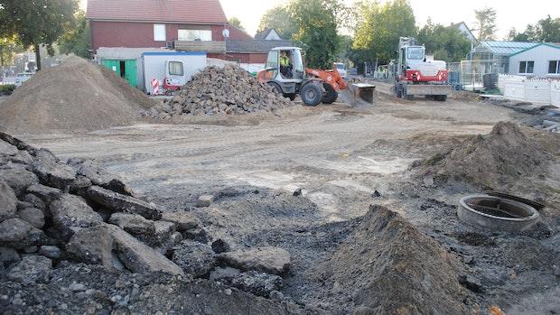 Bauarbeiten für neuen Platz im Zentrum