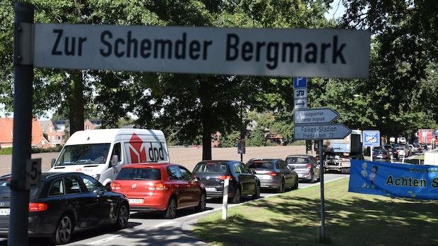 Politik nimmt sich der Verkehrssituation am Steinfelder Freibad an