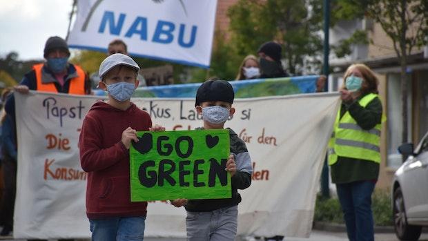 Aktivisten rufen in Lohne zum Handeln in der Klimakrise auf