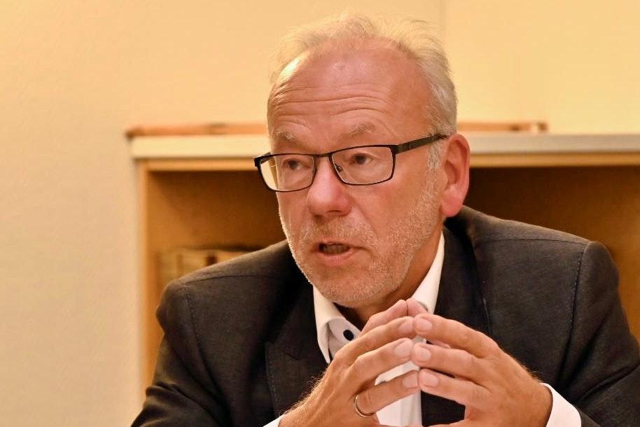 Entscheidung gefallen: Herbert Winkel wird sich nicht erneut für den Spitzenposten beim Landkreis Vechta bewerben. Foto: M. Niehues