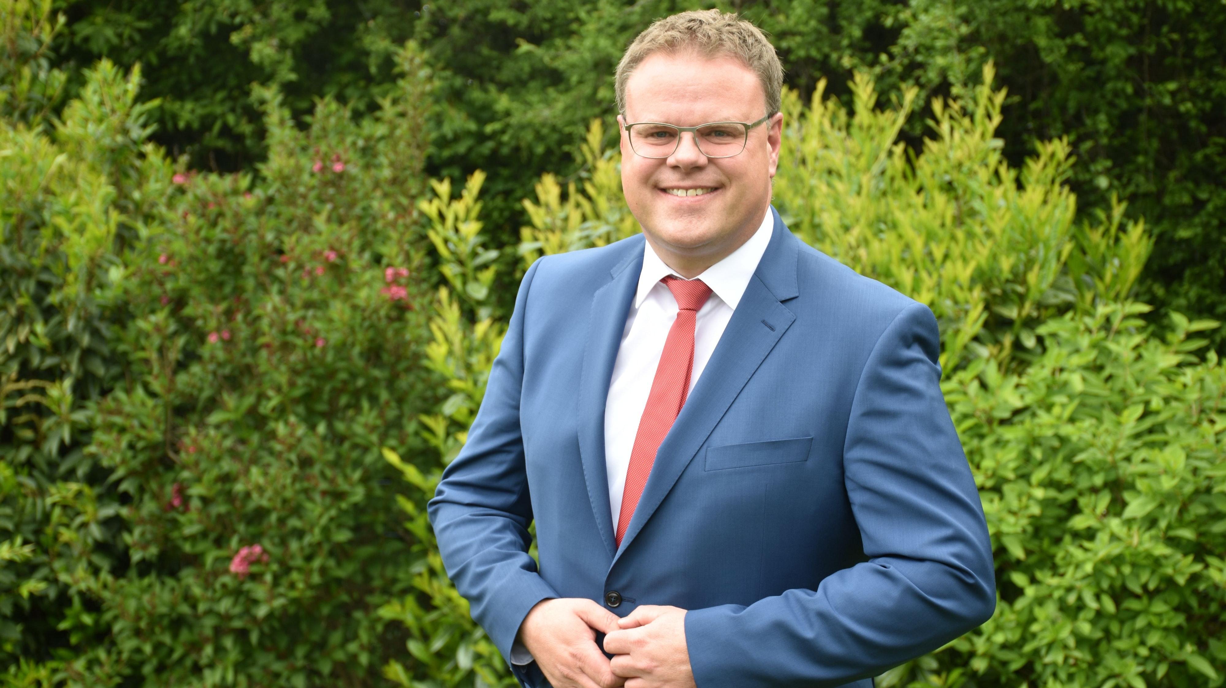 Bewirbt sich um die Nominierung für die Wahl des neuen Landrates durch die CDU: Tobias Gerdesmeyer, amtierender Bürgermeister der Stadt Lohne. Foto: Timphaus