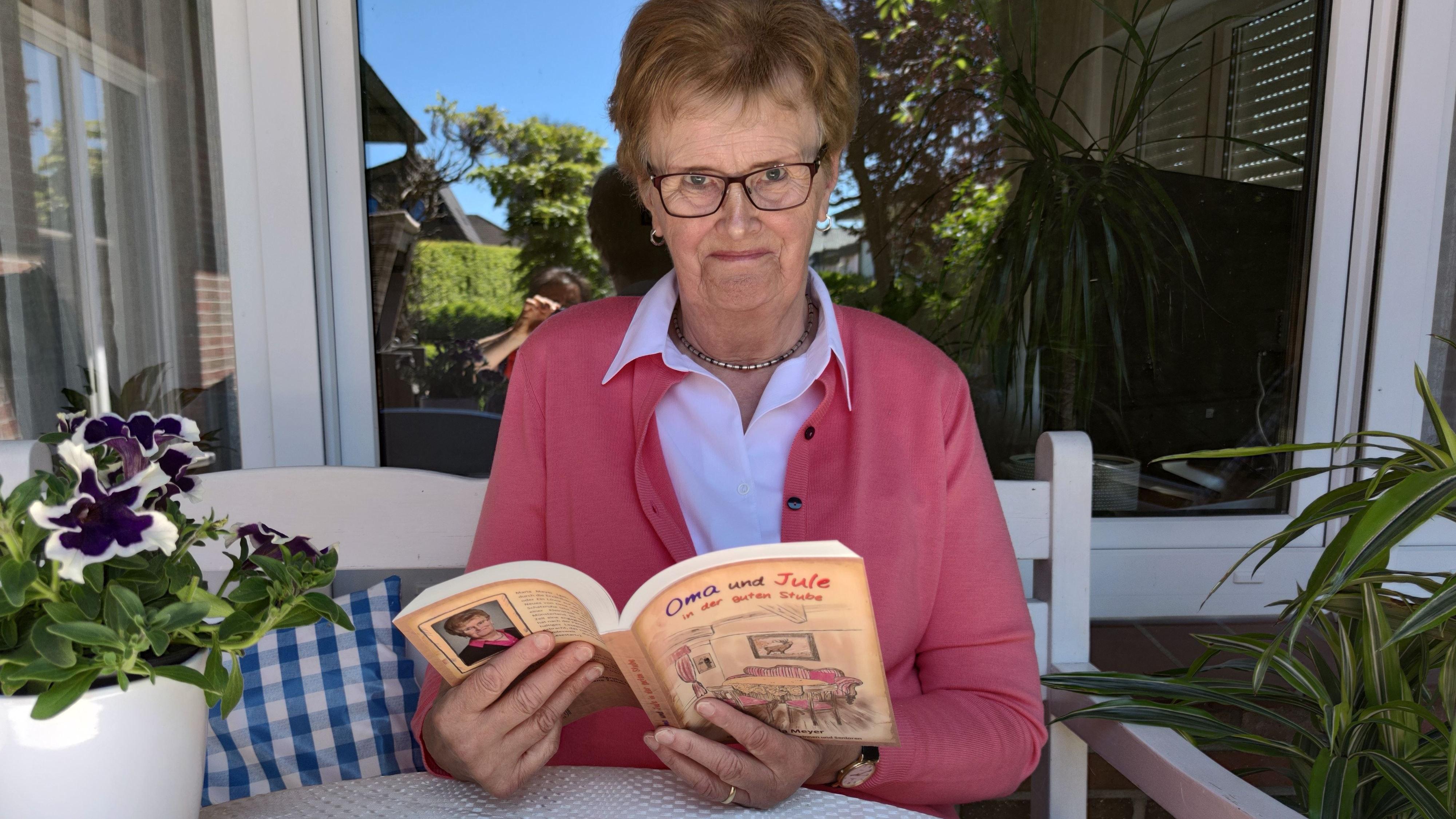 Mit Oma und Jule durch das Jahr: Maria Meyer hat ein neues Buch geschrieben. Foto: privat