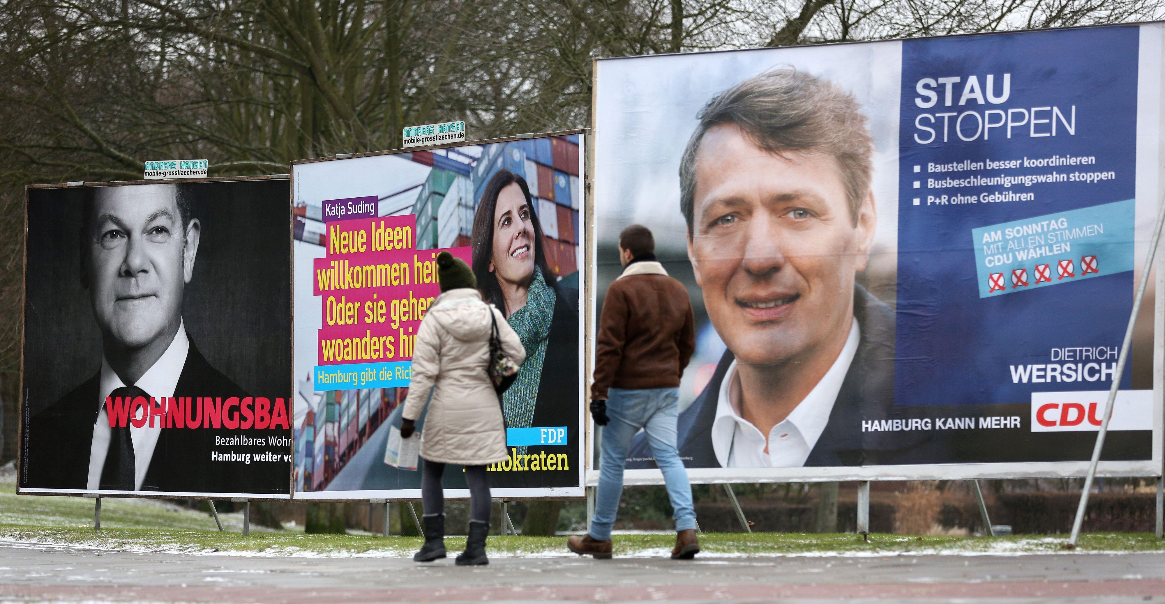 Benötigt Holdorf eine eigene Regelung für Plakate? Nein, findet die Mehrheit des Gemeinderates. Foto: dpa / Charius