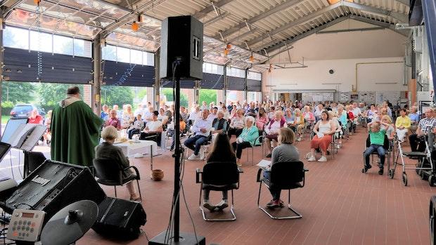 Kirchengemeinde St. Catharina erläuft mehr als 8000 Euro für Spendenprojekt