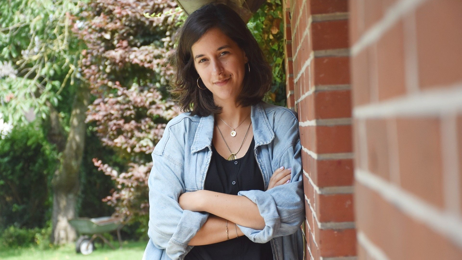 Sie ist der künstlerische und organisatorische Kopf des Art.Lab: Katharina Fröhlich. Die Dramaturgin und Pädagogin ist zurück in ihrer Heimatstadt – und möchte sich für Kunst einsetzen. Foto: Timphaus