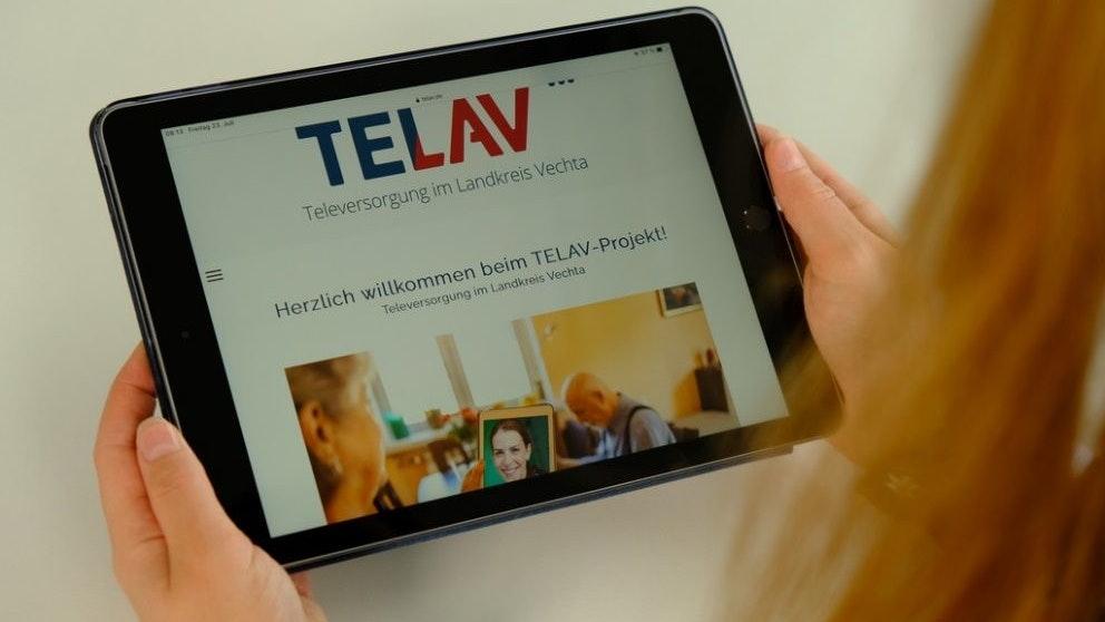 Das ist sie: Die neue TELAV-Homepage informiert über das Digitalisierungsprojekt in der Gesundheits- und Pflegebranche, außerdem ist dort die neue Umfrage zu finden.Foto: Stadt Lohne/Tombrägel