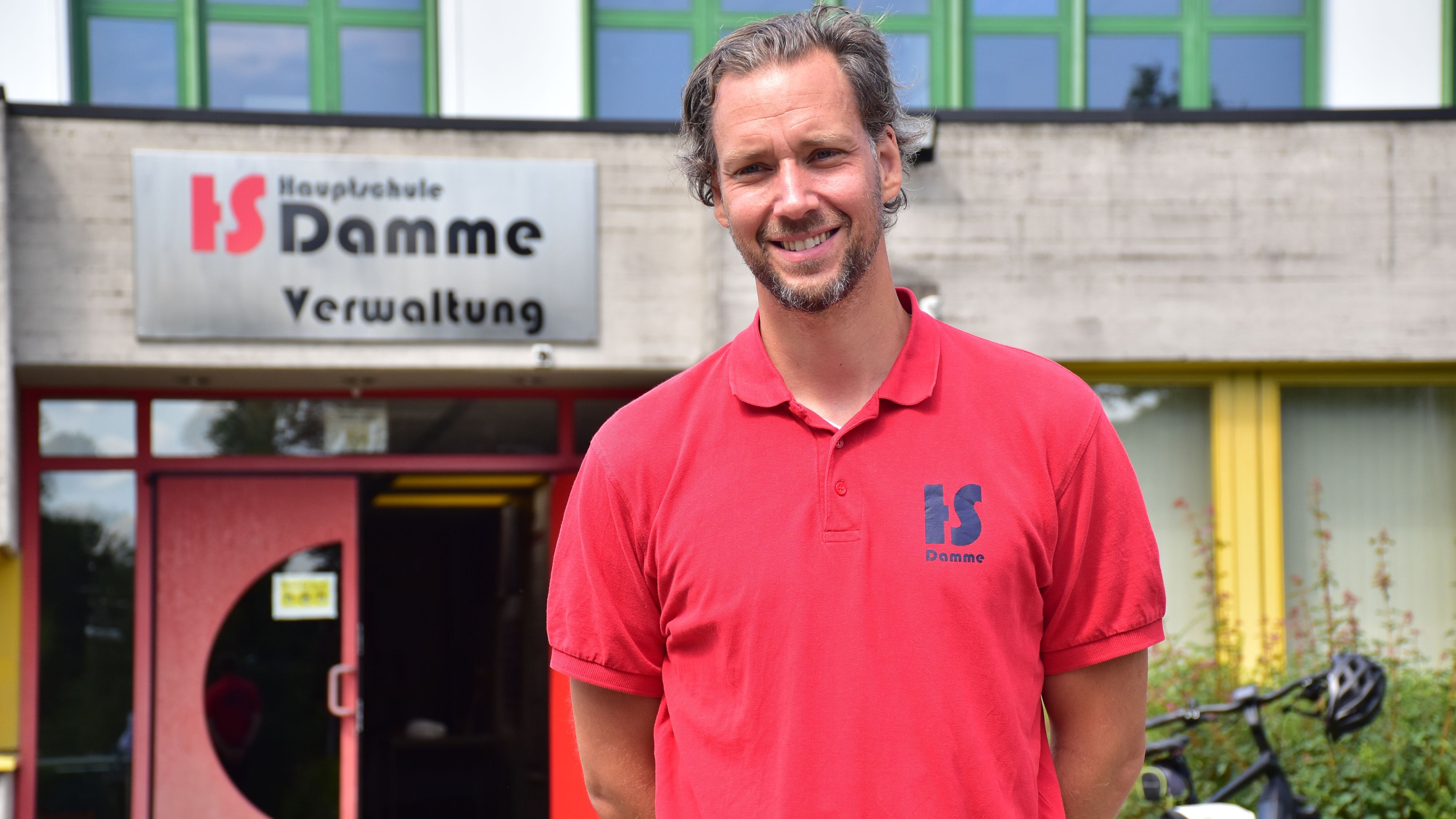 Klarer Appell: Jan Runge möchte, dass nach den Ferien für alle Schülerinnen und Schüler wieder Unterricht in den Schulen stattfindet, selbst wenn er nur eingeschränkt möglich ist. Foto: Lammert
