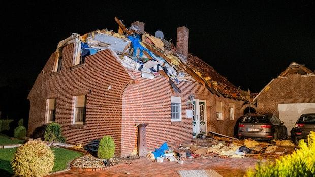 """""""Tornado-ähnlicher"""" Sturm beschädigt 50 Häuser"""