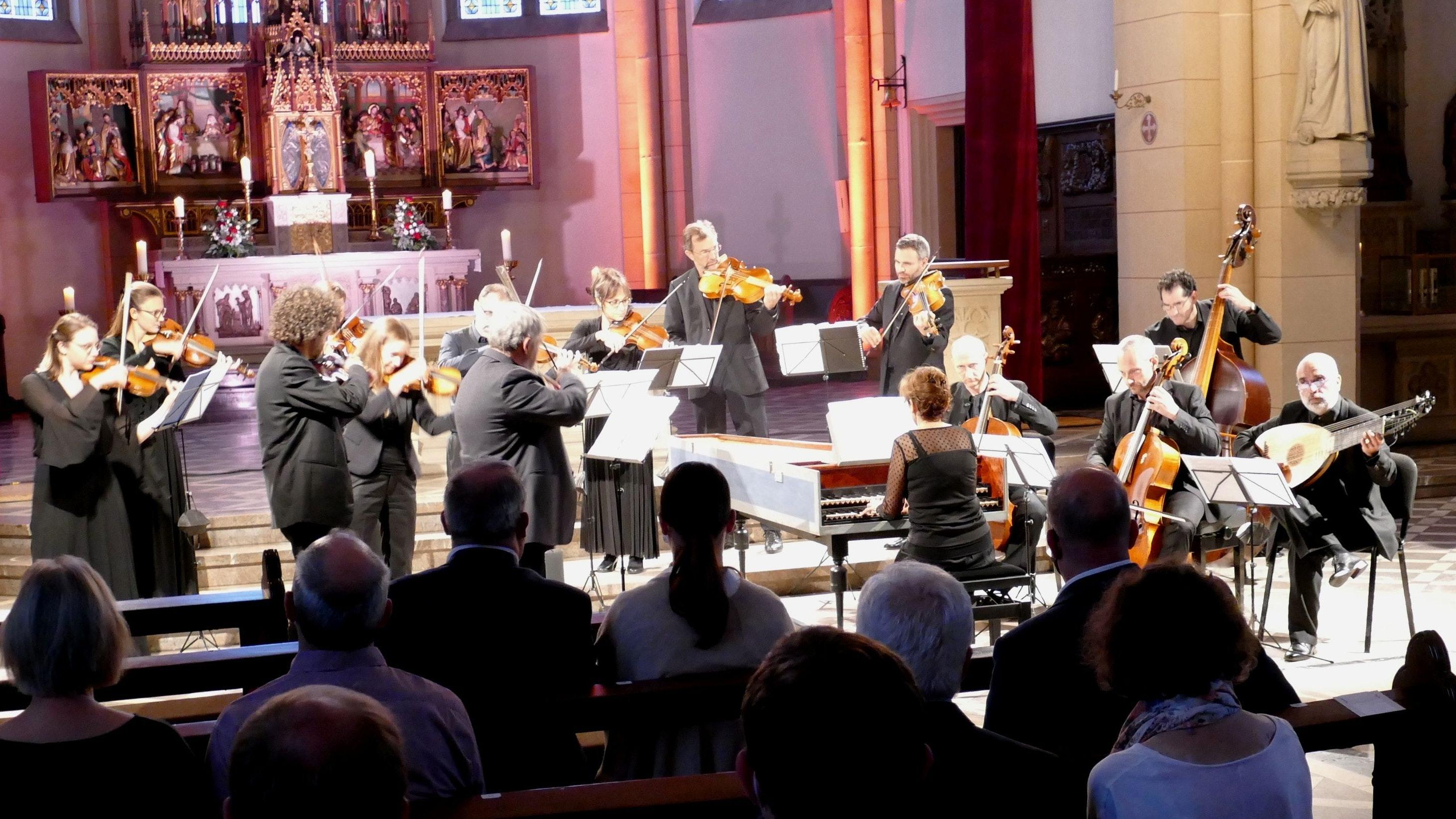 Kultur auf höchstem Niveau: Das italienische Barock-Ensemble Europa Galante gastierte am Montagabend in der Friesoyther St.-Marien-Kirche. Foto: Stix