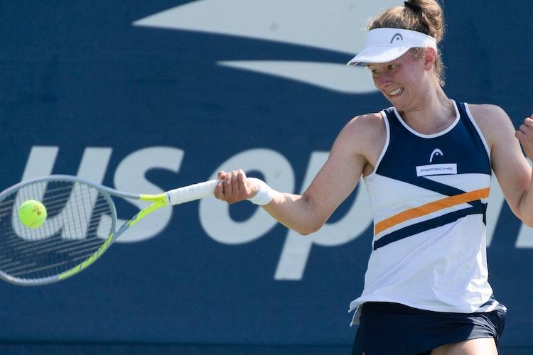 Power mit der Vorhand: Julia Middendorf in ihrem Erstrundenspiel bei den US Open in New York. Foto: Jürgen Hasenkopf