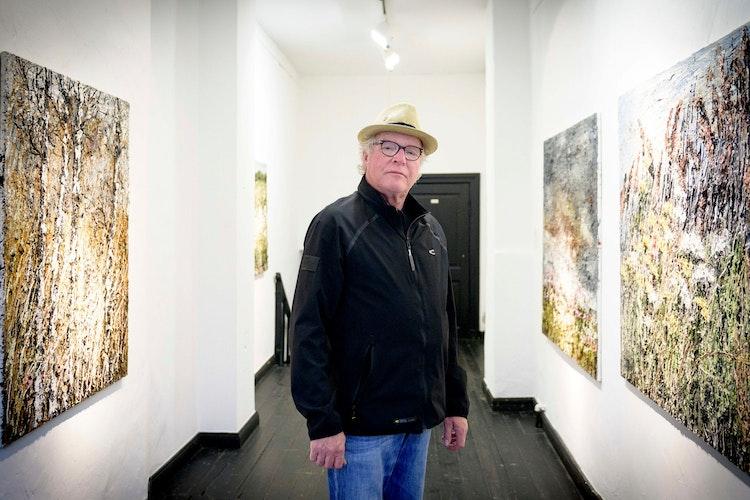 Der Vechtaer Künstler Helmut Helmes hat zuletzt im Frühjahr 2019 im Kaponier ausgestellt. Archivfoto: Chowanietz