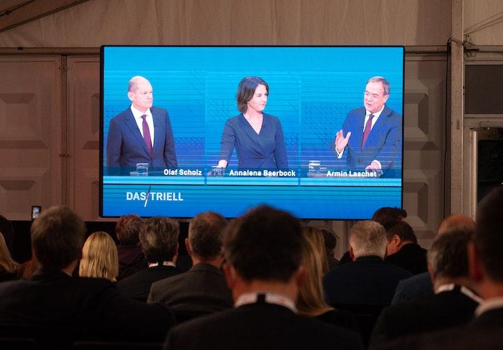 Die Debatte wird von allen politischen Lagern genau beobachtet. Foto: dpaGateau