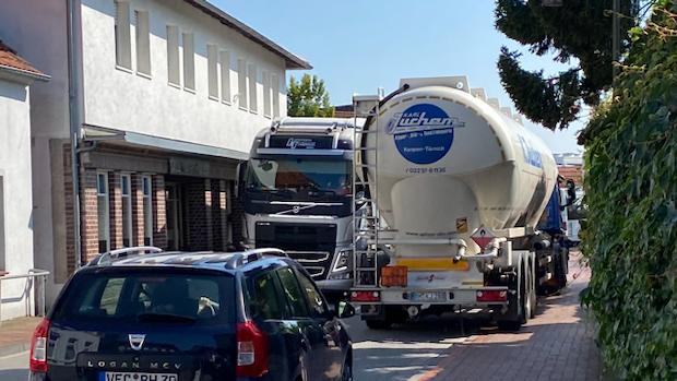 Verkehrsbelastung in Neuenkirchens Ortskern stinkt Bürgern gewaltig
