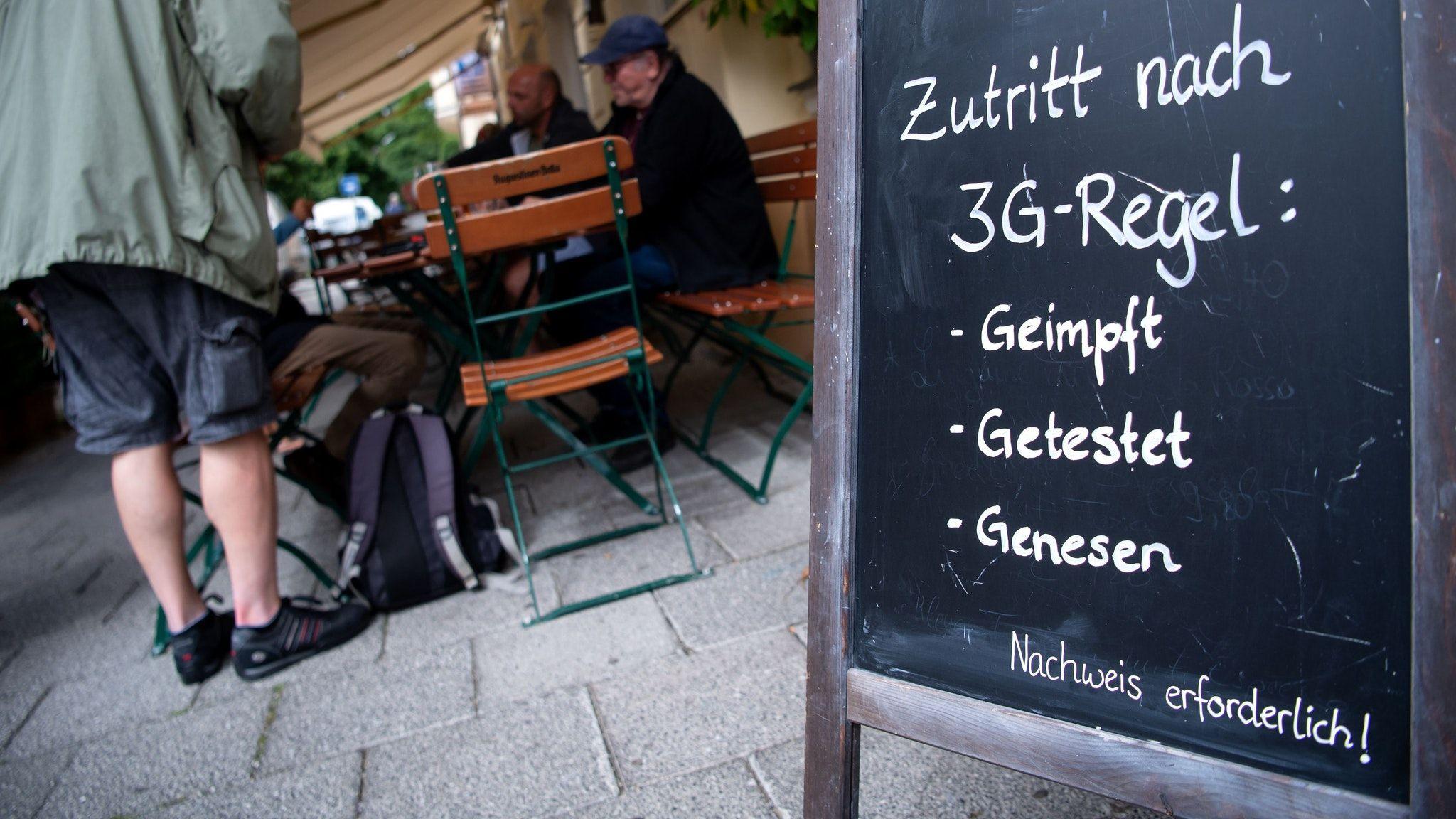Derzeit gilt in vielen Bereichen des Oldenburger Münsterlandes die 3G-Regel. Jetzt ist die Einschränkung auf nur noch Geimpfte und Genesene in Vorbereitung. Symbolfoto: dpa