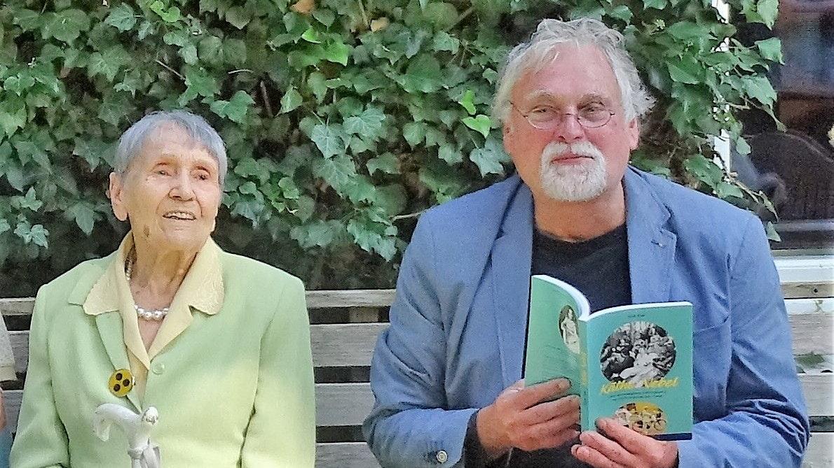 Blick auf ein spannendes Leben: Dirk Faß hat Käthe Nebel ein Buch gewidmet. Foto: Marietta Faß