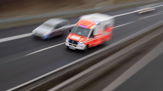 Ein Schwerverletzter nach Unfall auf Bundesstraße