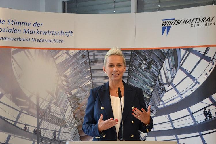 Gegen höhere Mehrwertsteuer: Silvia Breher setzt auf ein Fondskonzept. Foto: G. Meyer