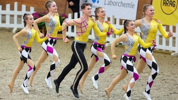 Cloppenburger Voltigier-Trio holt deutsche Meisterschaft