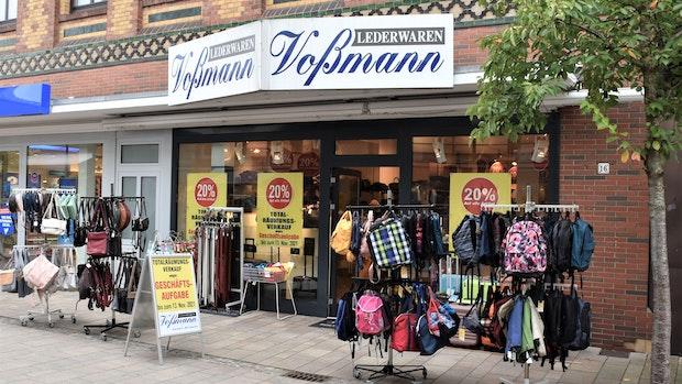 Lederwaren Voßmann in der Fußgängerzone Cloppenburg schließt