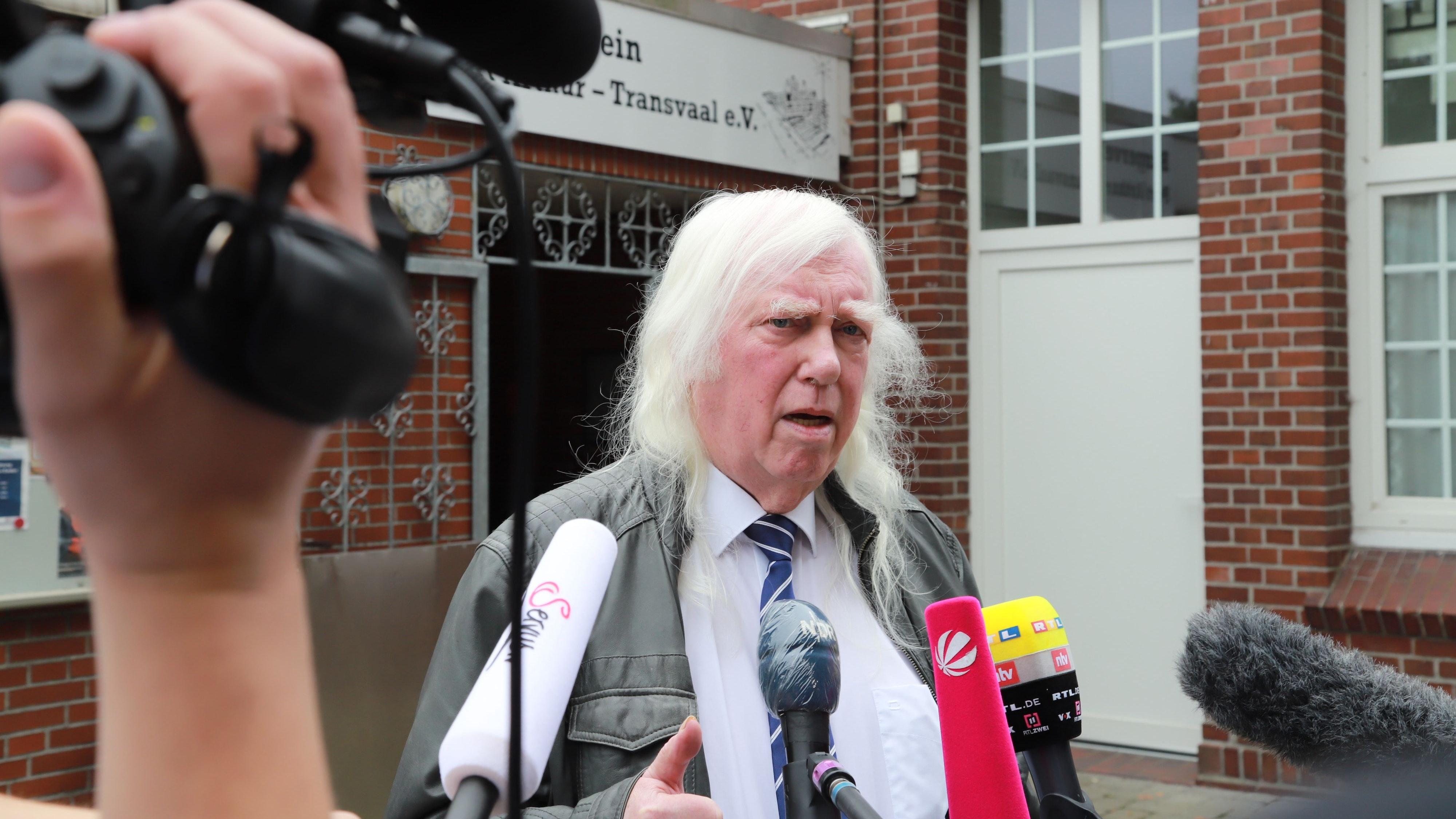 Berufung eingelegt: Rechtsanwalt Reinhard Nollmann vertritt den 30-jährigen Bootsführer aus Barßel. Foto: Passmann
