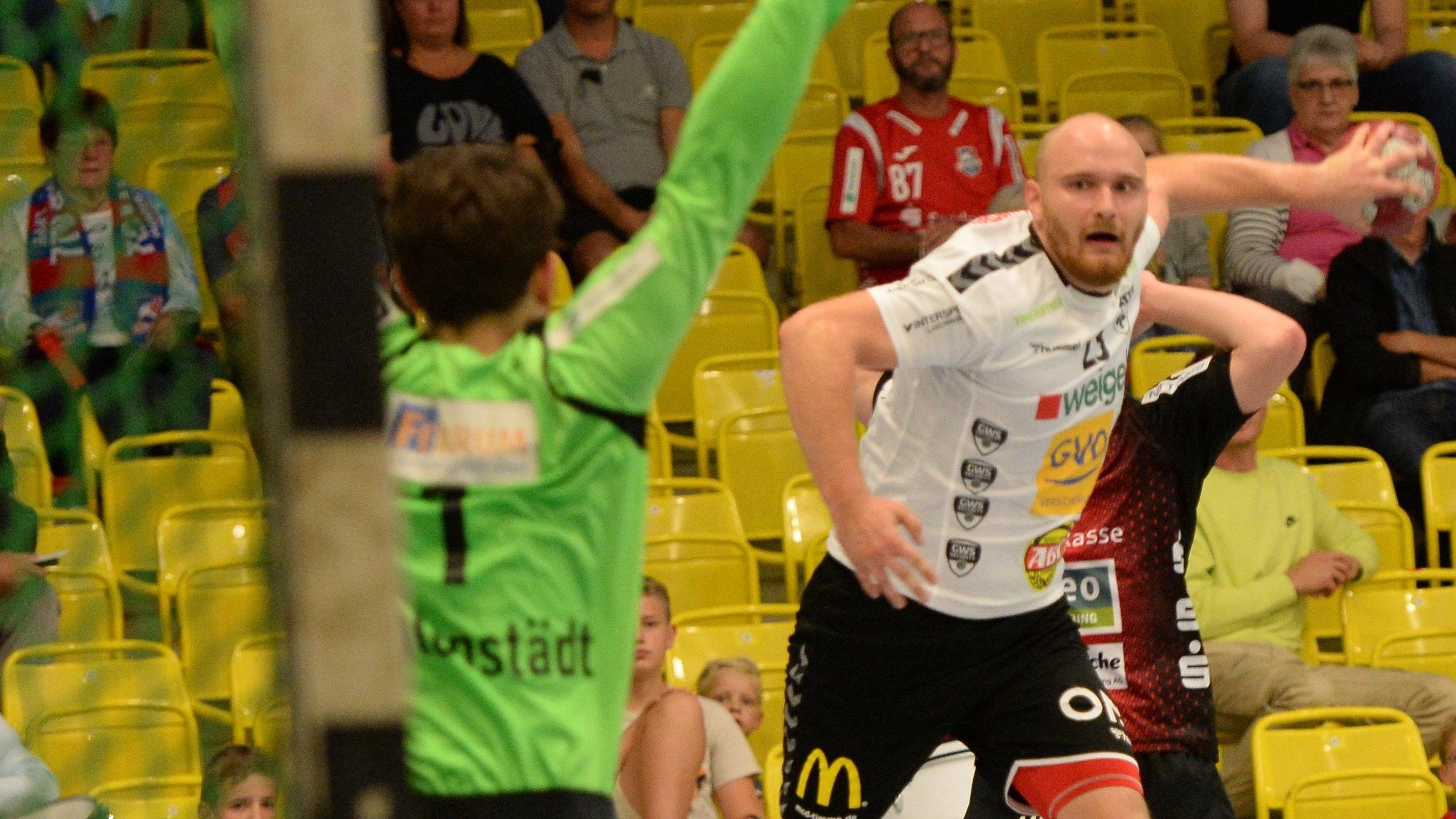 Erfolgreich abschließen: Michal Skwierawski möchte heute Abend mit dem TV Cloppenburg den ersten Saisonsieg in der 3. Liga einfahren.⋌Foto: Langosch