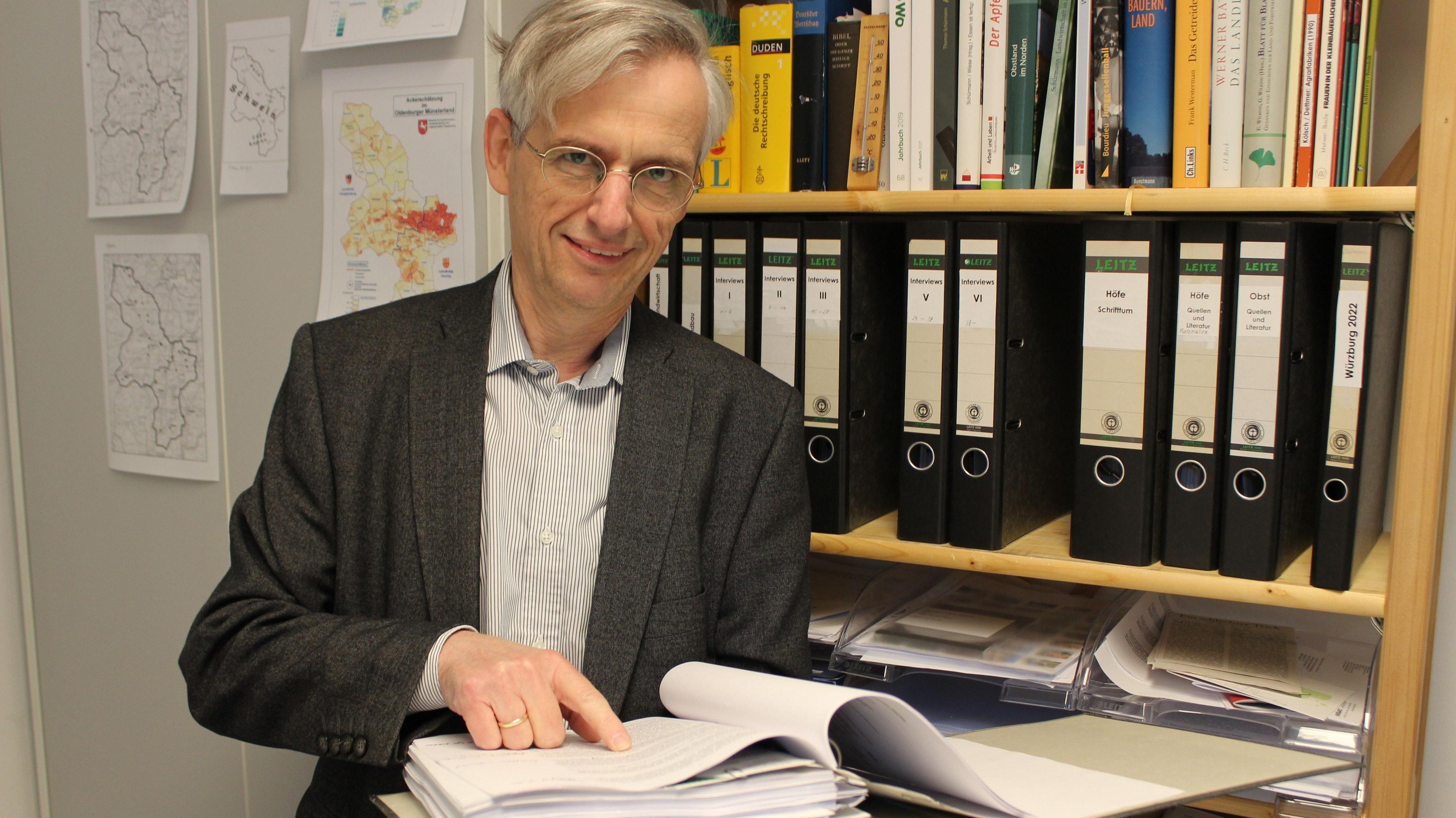 Dr. Thomas Schürmann hat sich mit der Hofnachfolge im Oldenburger Münsterland beschäftigt. Foto: Heinzel