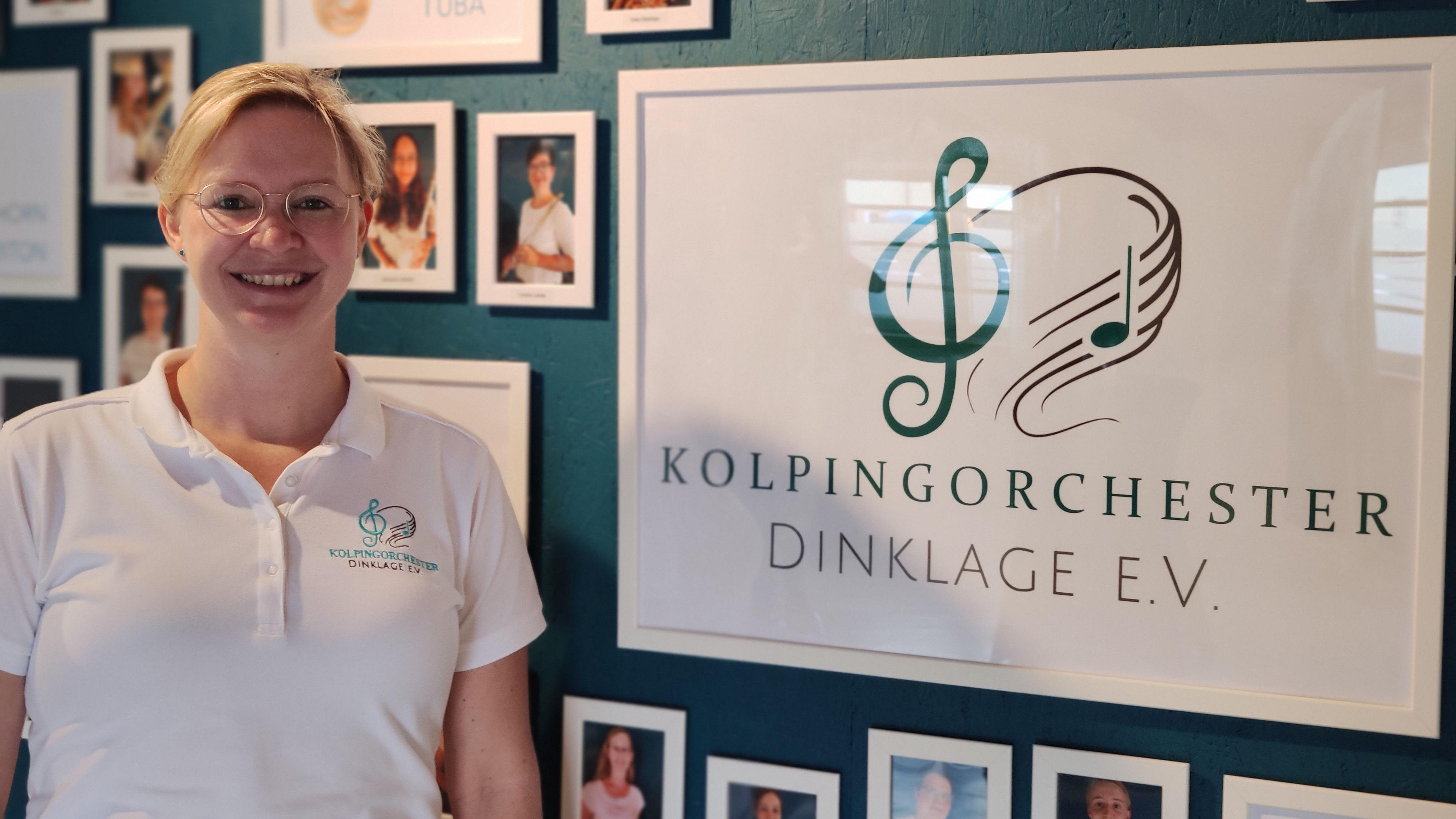 Sichtlich zufrieden:In den neuen Räumen des Kolpingorchesters begrüßte die Vorsitzende Christine Lier die interessierte Öffentlichkeit. Foto: Röttgers