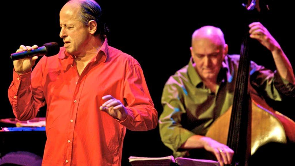 Jean Faure tritt Freitag in Vechta auf: Mit seiner unprätentiösen und ausdrucksstarken Vortragsart verleiht er den Chansons eine wunderbare Leichtigkeit. Foto: privat