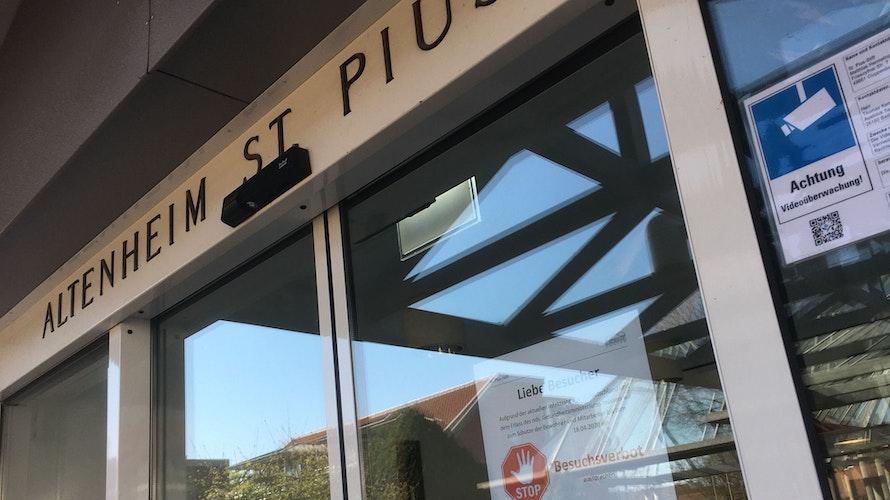 Schon durchgeimpft: Im Haupthaus des Pius-Stifts ist der erste Durchgang erledigt, im Betreuten Wohnen steht er noch aus. Foto: Kreke