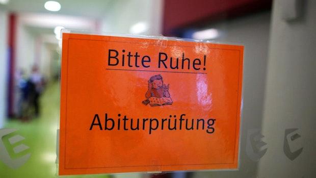 Streit um Abitur-Bedingungen in Niedersachsen