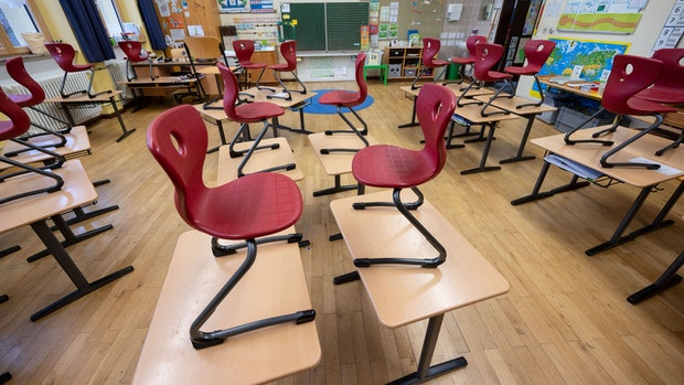 Kinderarzt Blömer fordert: Schulen und Kitas öffnen
