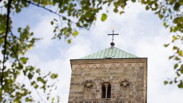 Sparen und Reformieren: Bistümer Osnabrück und Münster im Umbruch