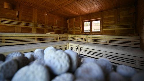Letzter Aufguss für Sauna-Party mit 17 Gästen