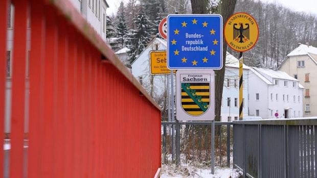 Strengere Einreiseregeln für mehr als 20 Hochrisikogebiete