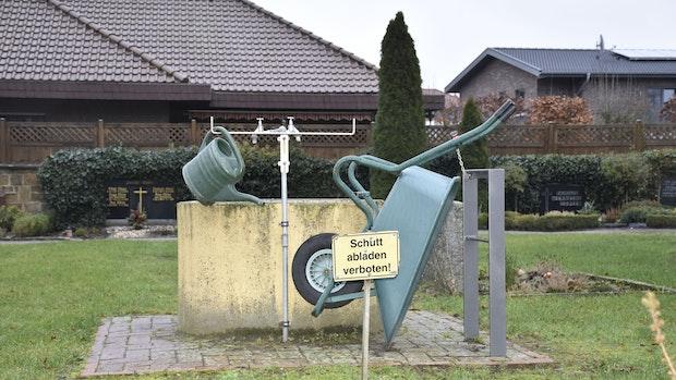 Grünabfallentsorgung sorgt auf Vördens Friedhof für Frust