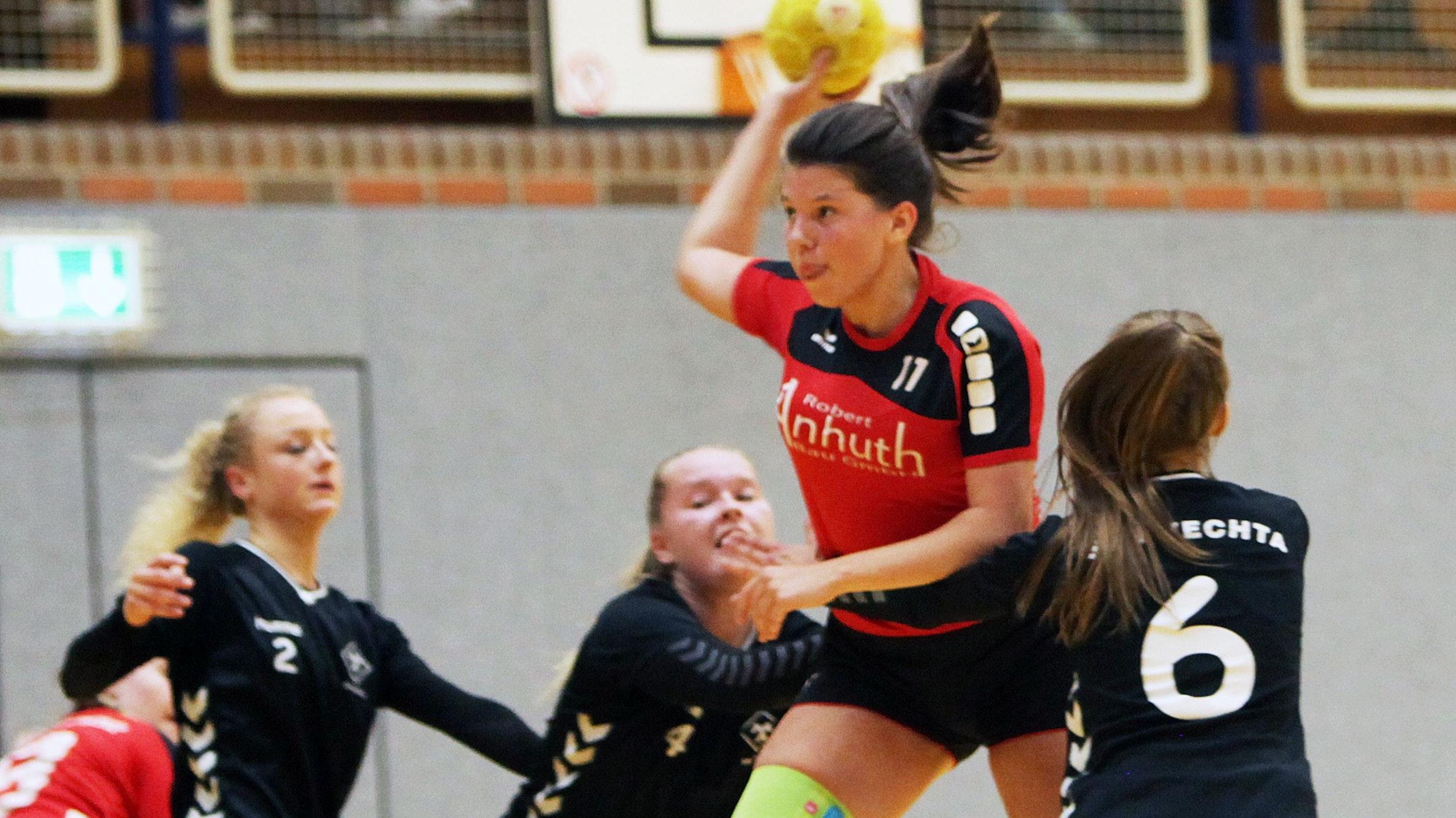 Wie geht es weiter im Handball? Szene aus einem A-Jugendspiel zwischen Frisia Goldenstedt und SFN Vechta. Foto: Schikora