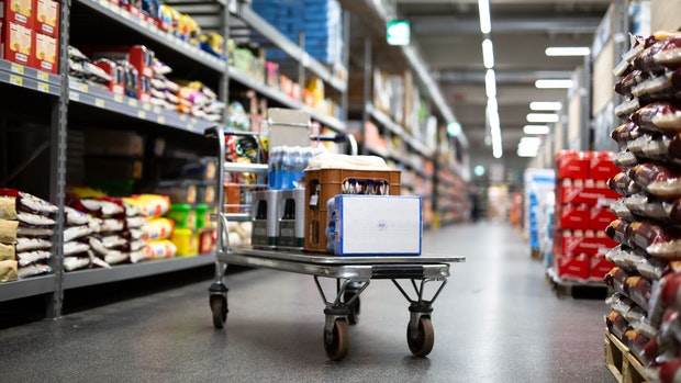 Corona:Weniger Kunden in den Großmärkten