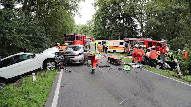 Mehrere Verletzte bei schwerem Unfall in Barßel