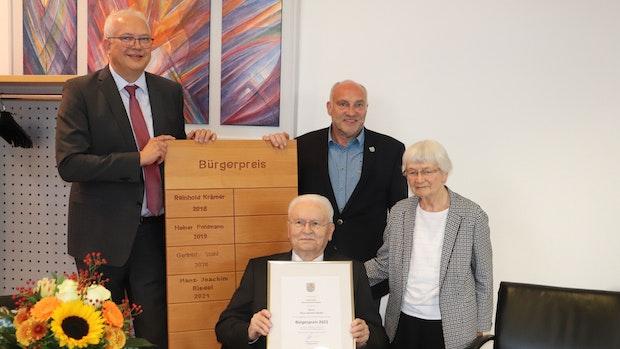 Hans-Joachim Riedel erhält Neuenkirchen-Vördens Bürgerpreis 2021