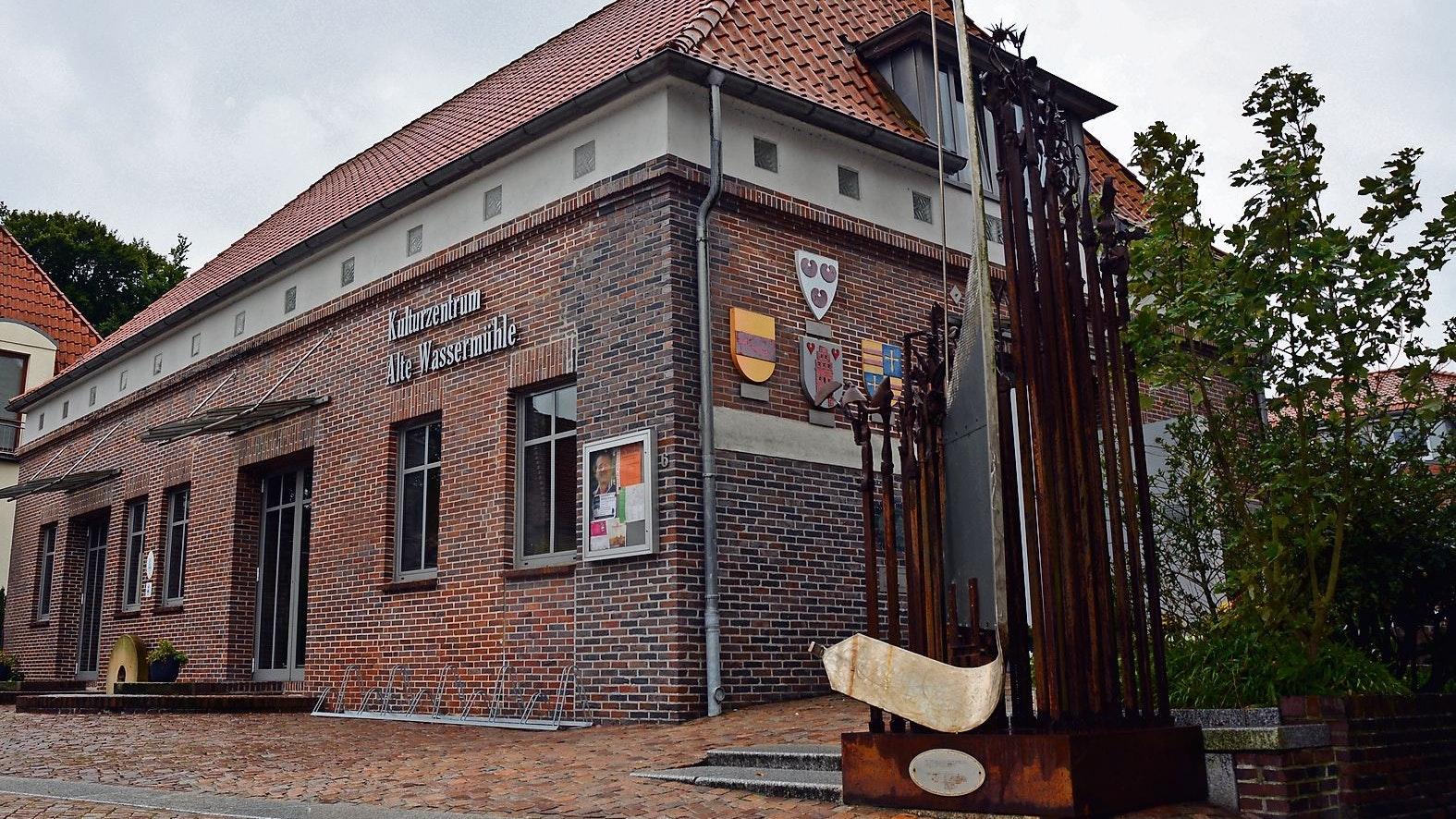 Im Kulturzentrum Alte Wassermühle finden die meisten Veranstaltungen des Kulturkreises Bösel-Saterland-Friesoythe statt. Wenn sie nicht, wie in den letzten 18 Monaten, wegen Corona ausfallen müssen. Foto: Stix
