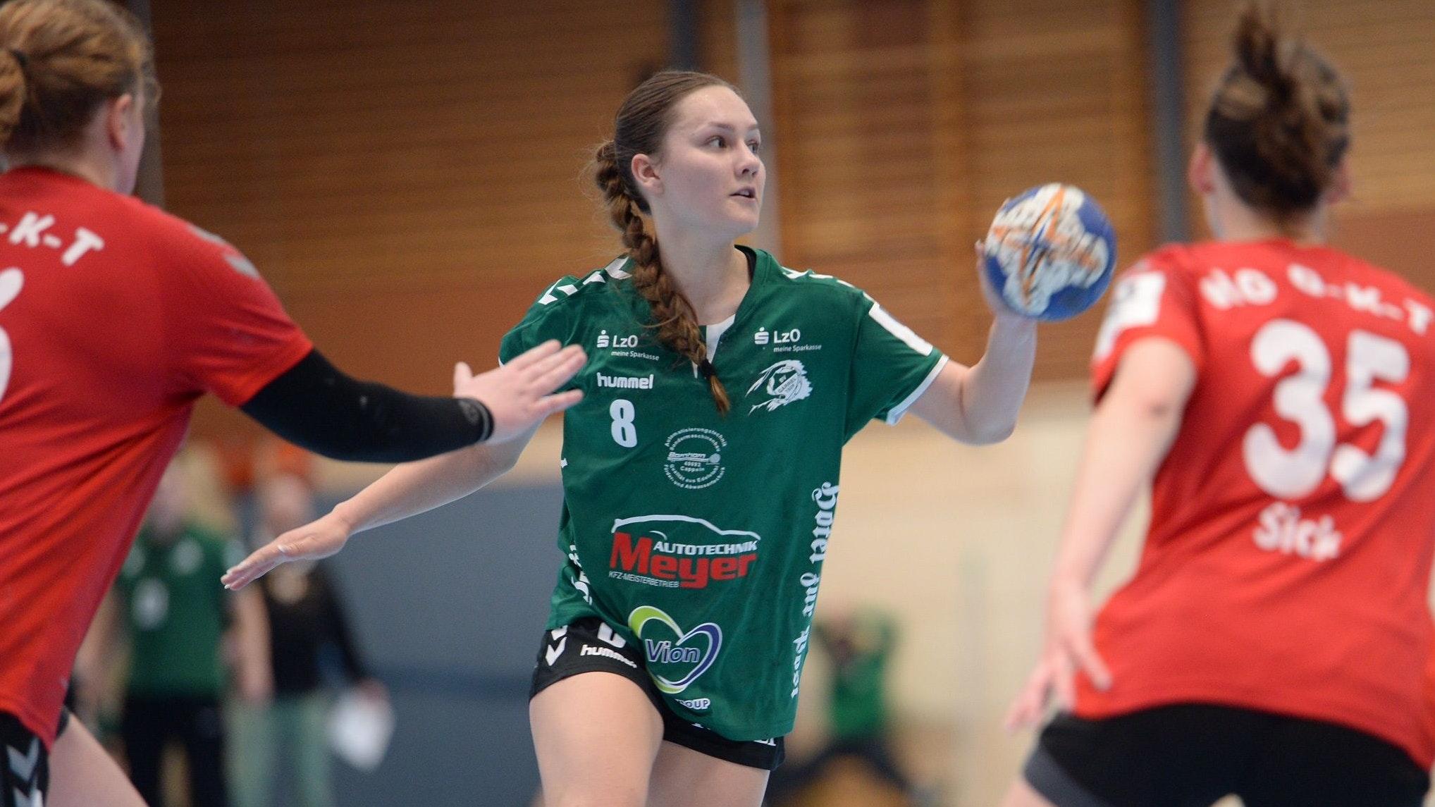 Acht Tore reichten nicht: Sophie Solomachin kassierte mit dem BV Garrel eine Heimniederlage. Foto: Langosch