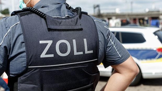 Zöllner fassen Autofahrer bei Osnabrück mit kiloweise Drogen im Kofferraum