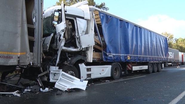 Unfall auf der A1: Fahrbahn in Richtung Münster voll gesperrt