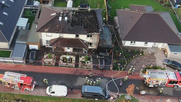 Feuer zerstört Wohnhaus in Garrel