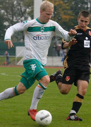 Sturm und Drang: Thorsten Tönnies einst im U-19-Team von Werder. Foto: Rospek